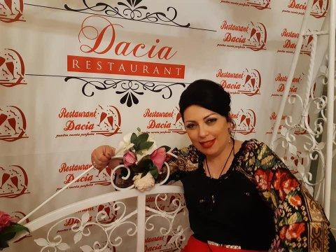 Madalina Pescaru 2019 Restaurant Dacia