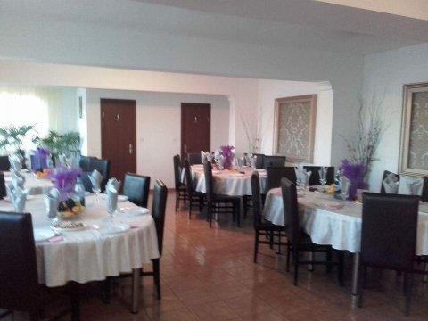 Restaurant interior Casa Dobrescu