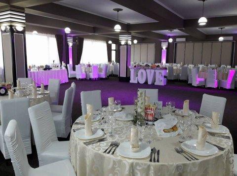 Local nunti si botezuri White House Craiova
