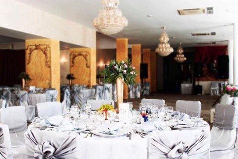 Sala petreceri nunti botezuri Restaurantul Craiova