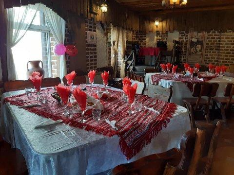 La Boierescu restaurant Pensiunea Luisa