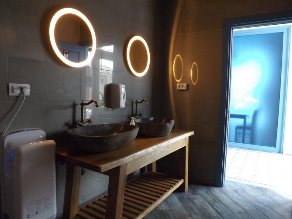 Taverna To Petrino Craiova toaleta