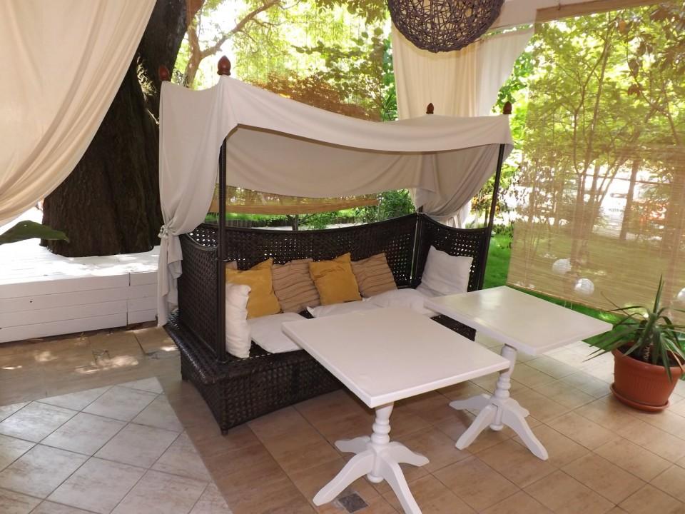 Canapele confortabile Terasa Grant Sala Craiova