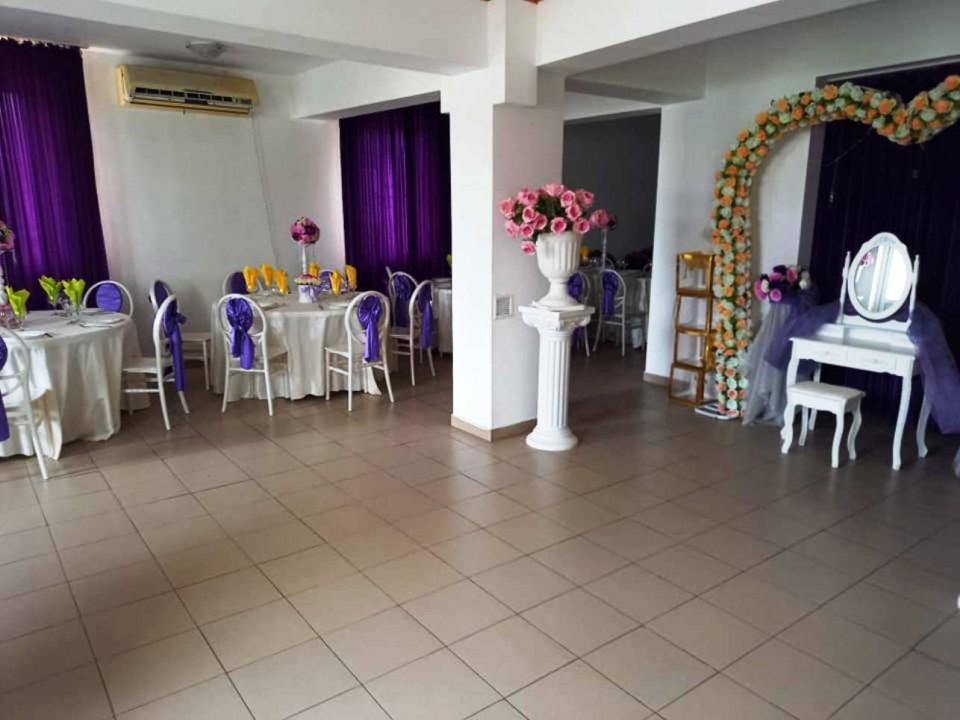 Restaurant petreceri Pensiunea Casa Regala Craiova